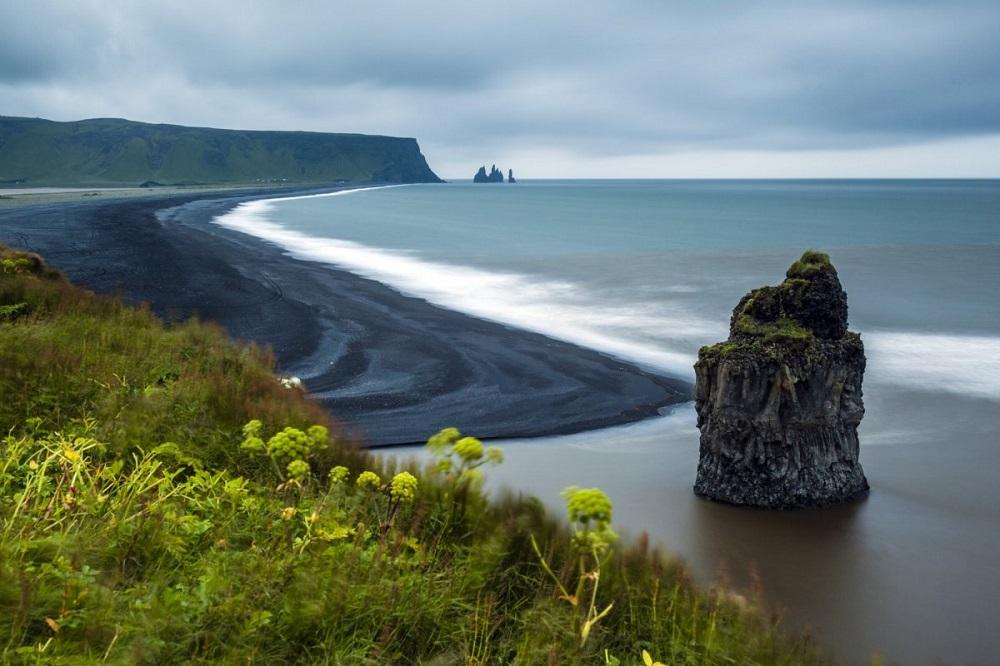 bãi cát đen Reynisfjara