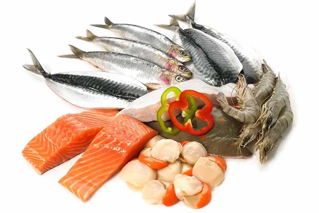 Ăn nhiều cá béo và dầu cá