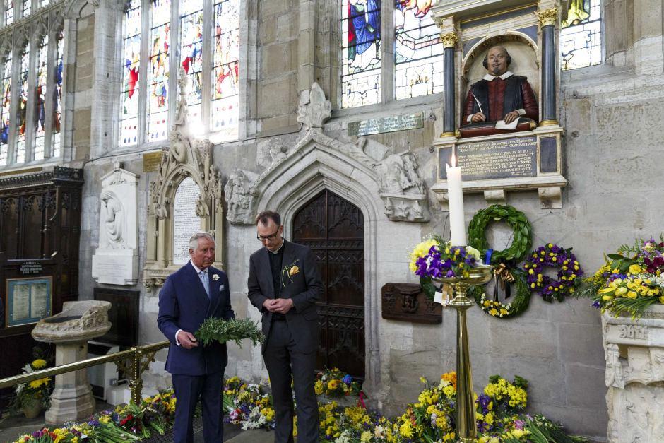Ngôi mộ ở nước Anh